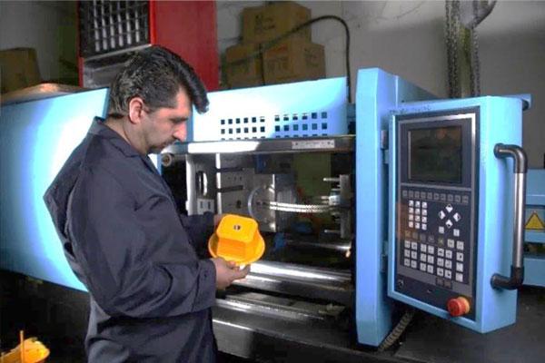 از روش قالب سازی و تزریق پلاستیک برای تولید بدنه محصولاتی مانند iRoG3B ،iRoPro ،iRoNet استفاده می شود.