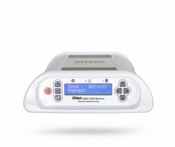 گیرنده iRNetII یک گیرنده GNSS مدرن با قابلیت استفاده به عنوان گیرنده مرجع دائمی در ایستگاه های CORS هست